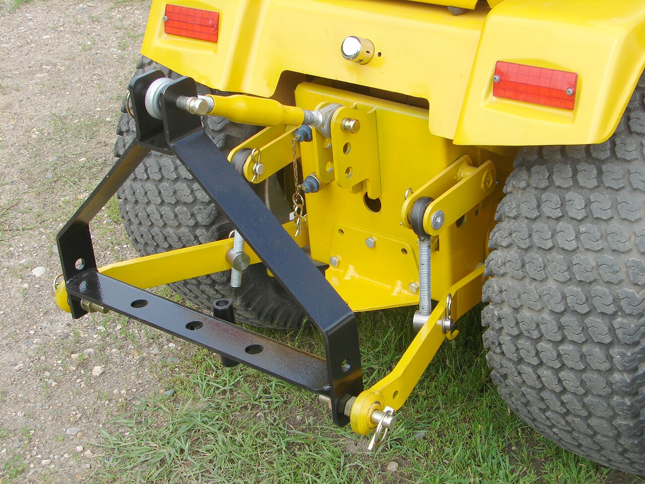 Cub Cadet Category 0 COMPLETE 3 Point Lift for Quietlines / Wide Frames ...