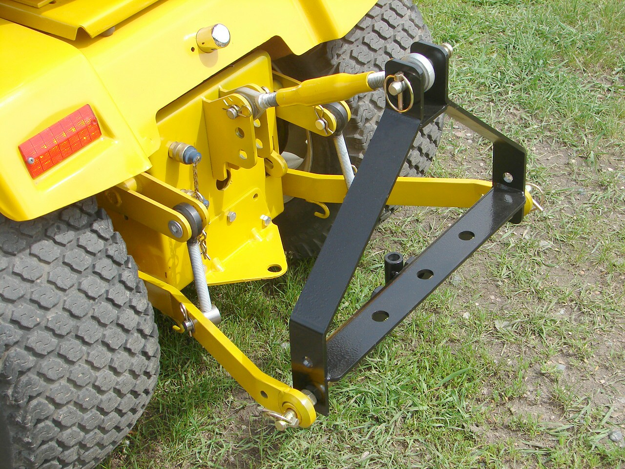 Cub Cadet Lawn Tractor Deck Diagram Wire Data Schema 1440 Electric Wiring International Harvester Ih 3 Points Sleeve Hitch Electrical Mower